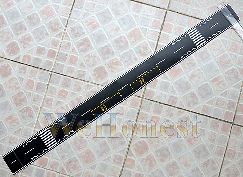 2 pcs OO or HO self stick BLACK ROAD STRIPs with Bus Stop Zebra Crossing etc...