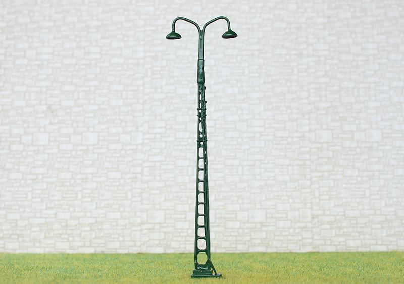 HO Scale Led mast tower light Model Railroad street Lamp post #TL2BG 2 x OO